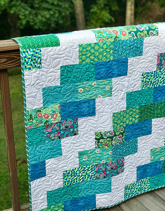 a super easy quilt that finishes quickly quilting digest Stylish Easy Quilt Patterns Inspirations