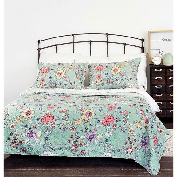 amanda vintage floral blue quilt set Modern Vintage Floral Quilt Inspirations