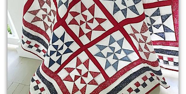 crisp contrasts make a stunning patriotic quilt quilting Elegant Patriotic Quilts Patterns