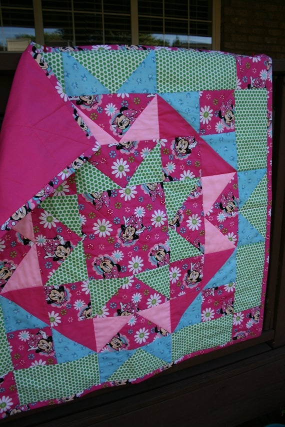 minnie mouse ba quilt star design one of a kind designed judy Elegant Minnie Mouse Baby Quilt