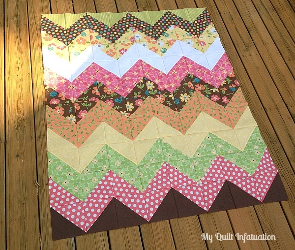 my quilt infatuation easy peasy chevron quilt tutorial Modern Chevron Quilt Pattern Queen Inspirations