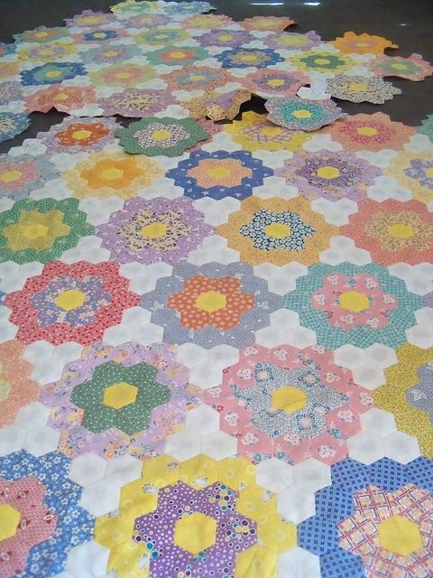 pin on quilts Unique Hexagon Flower Quilt Pattern Inspirations