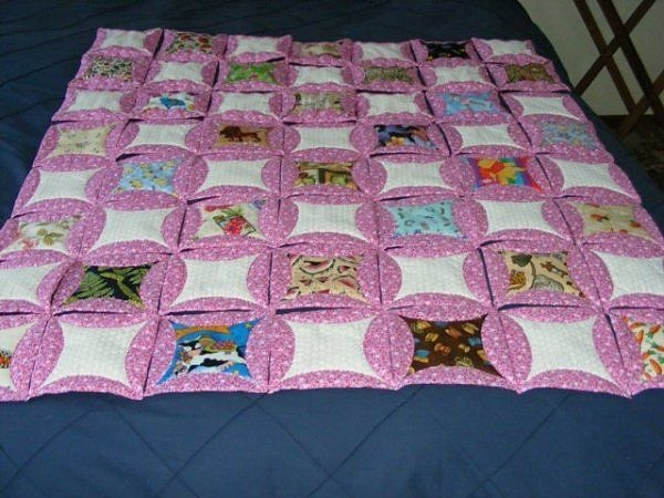 quilt as you go faux cathedral window quilts cathedral Mock Cathedral Window Quilt Pattern Inspirations