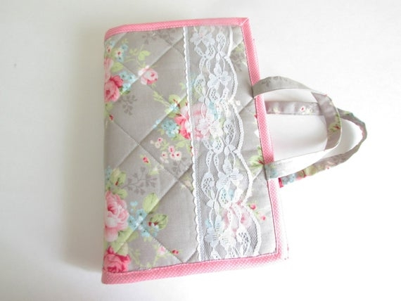 quilted bible coverbible cover with handlesscripture coverbible carrier Modern Quilted Bible Cover Pattern