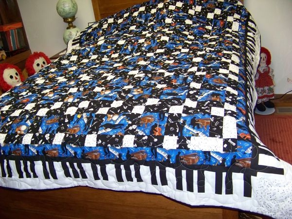 quilting board Modern Music Themed Quilts Gallery