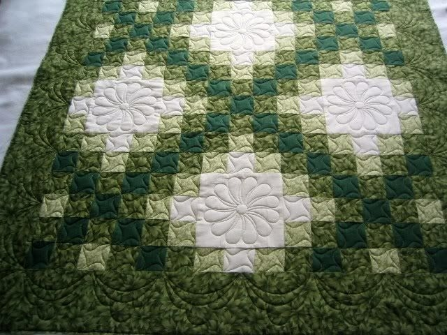 related image quilts i like celtic quilt irish chain Stylish Celtic Quilt Pattern Ideas