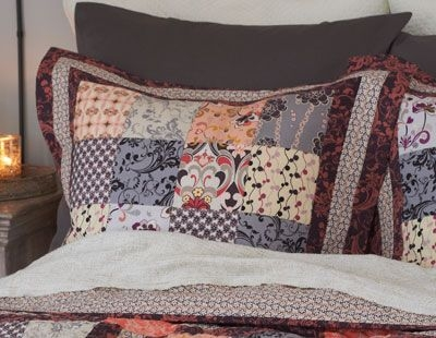sew chic pillow shams pillow free quilted pillow pattern Stylish Quilted Pillow Sham Pattern Gallery