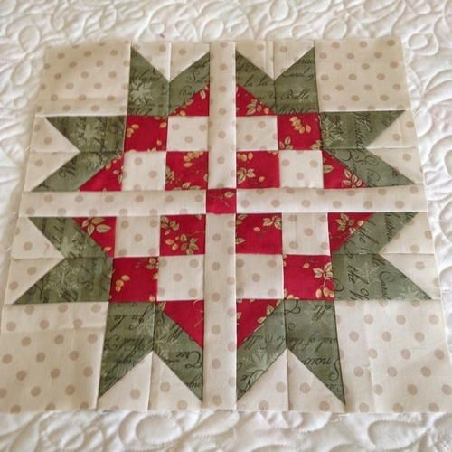 sweet scandinavian star block free christmas quilt Modern Scandinavian Quilt Patterns Gallery