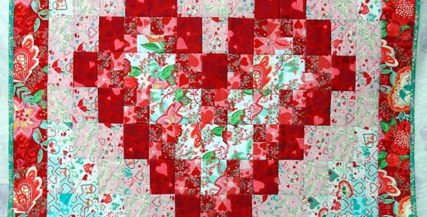 the prettiest watercolor heart quilt to put on display Stylish Watercolor Heart Quilt Pattern