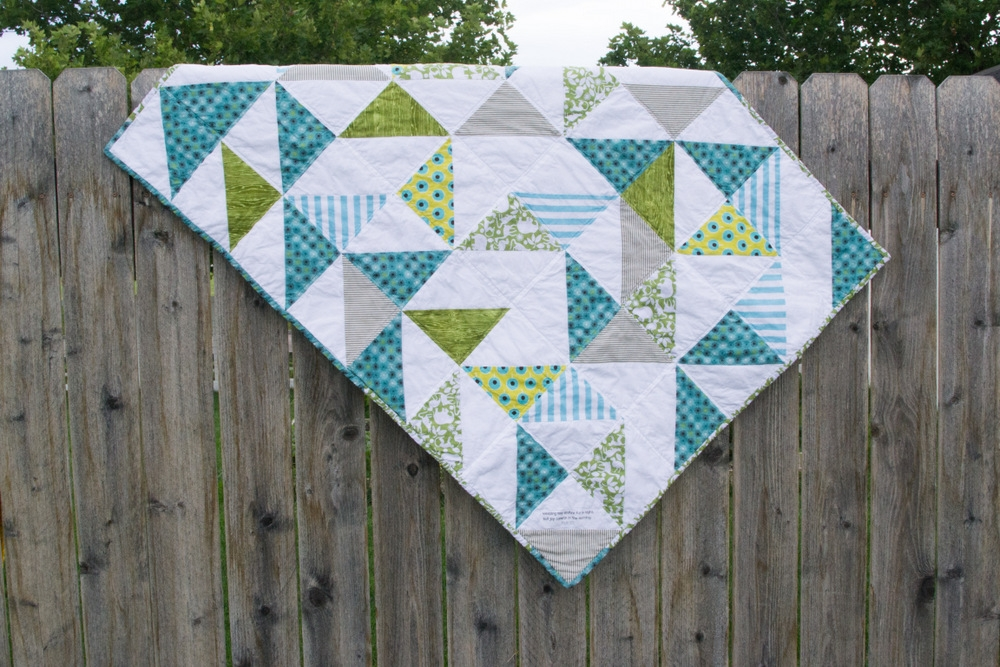 triangle ba quilt for new ba after loss Interesting Triangle Baby Quilt Inspirations