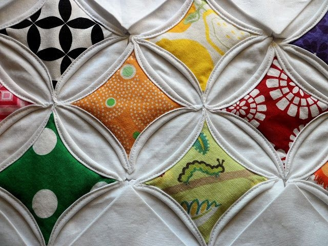 cathedral window quilt this is the pattern of the king size Elegant Cathedral Window Quilt Pattern