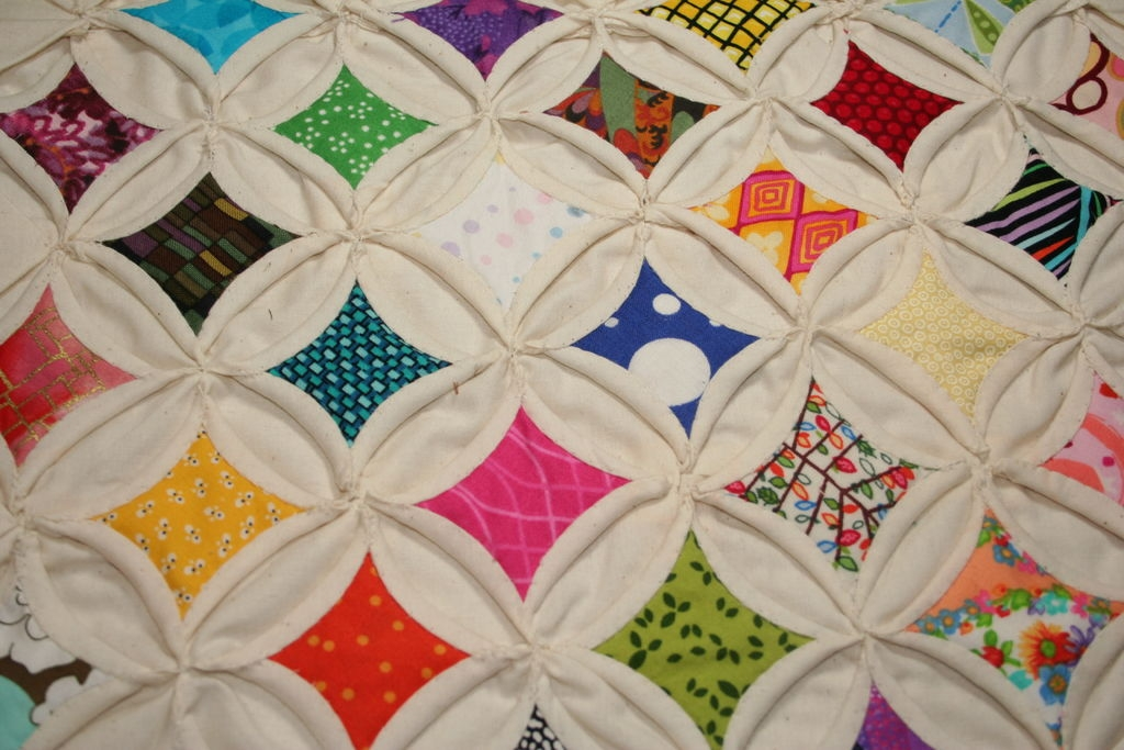 cathedral windows quilt squares 9 steps with pictures Elegant Cathedral Window Quilt Pattern