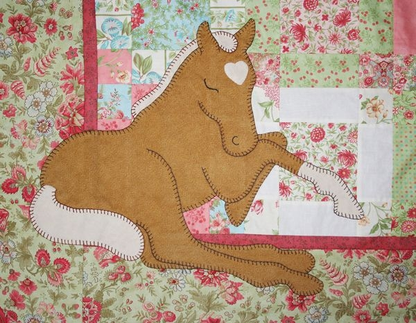 ba applique patterns thread applique horse ba quilt Modern Horse Baby Quilt Pattern Gallery
