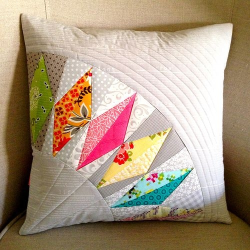 cant quilt but i love this pillow cover made from Elegant Quilt Patterns For Pillows Gallery