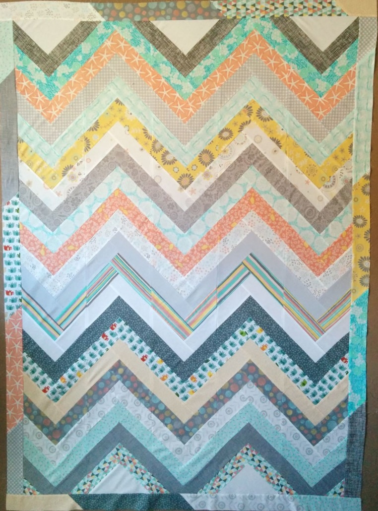 timeless treasures make a chevron quilt with sew very easy Elegant Chevron Quilt Pattern Using Rectangles