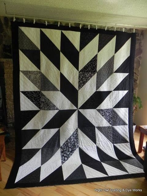 Cool black and white hst quilt owl quilt quilts triangle quilt New Black And White Quilt Block Patterns Gallery