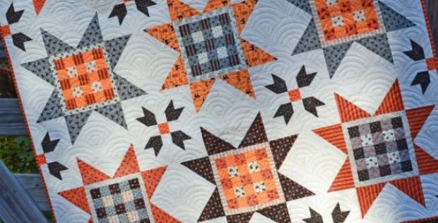 New holiday wishes gingham stars use any seasonal fabric 10 Stylish Gingham Quilting Fabric Inspirations
