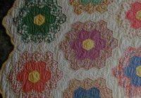 Beautiful grandmothers flower garden quilt honeycomb hexagon quilts Cool Hexagon Quilt Patterns Designs