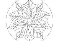 Cozy poinsettia 11 Stylish Poinsettia Quilt Pattern Inspirations
