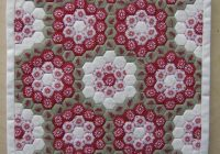 englishpaperpiecedhexagonquilts just type english Unique Hexagon Patchwork Quilt Patterns Gallery