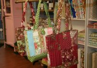 free pattern for the easy quilted tote bagas promised Stylish Quilted Bags And Totes Patterns