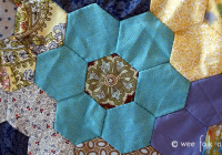 hand pieced hexagon quilt tutorial wee folk art Elegant Hand Pieced Quilt Patterns