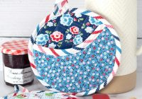 how to make round quilted potholders free baking gift tag Stylish Quilted Pot Holder Pattern