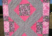 nanasgiftsfromtheheart on artfire Cozy Breast Cancer Quilt Pattern