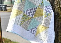 quick triangles ba quilt craft buds Elegant Triangle Baby Quilt Pattern Inspirations