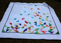 Stylish half square triangle falling quilt triangle quilt pattern 11 Modern Best Triangle Quilt Pattern Inspirations