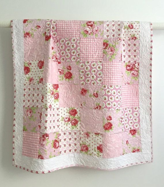 1000 ideas about ba quilts on pinterest quilts quilt Stylish Baby Girl Quilt Patterns Gallery