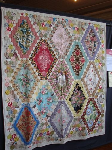 13 panel hexagon quilt hexies quilts hexagon quilt Feathering The Nest With Vintage Inspired Quilts Inspirations
