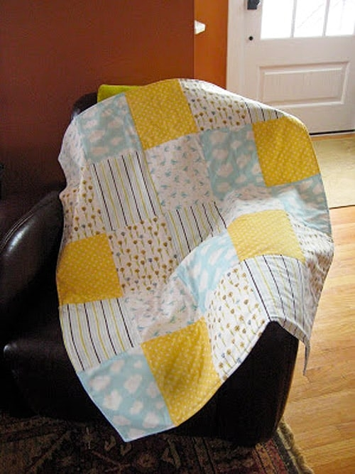 18 easy ba quilt patterns to make for your pregnant Unique Childrens Quilt Patterns Easy Inspirations