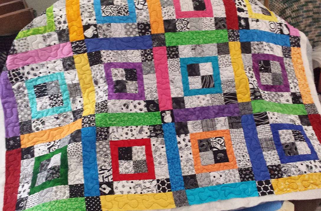 20 easy quilt patterns for beginning quilters Cozy Basic Patchwork Quilt Pattern Gallery