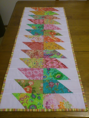 24 table runner patterns Stylish Quilted Table Runner Pattern Inspirations