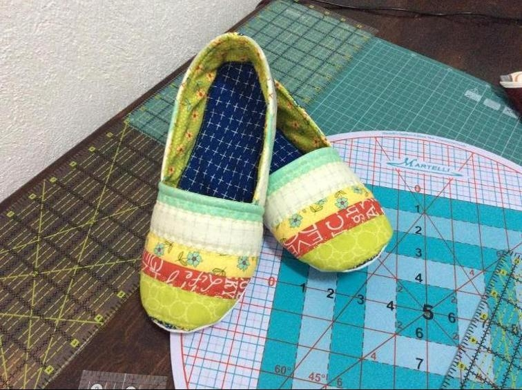 6 quick quilted slippers patterns to sew Quilted Slippers Patterns Inspirations