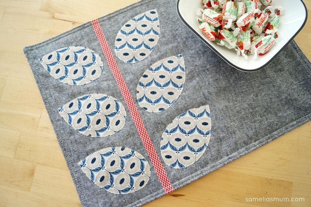 7 free quilted placemat patterns youll love on bluprint Modern Quilted Placemat Patterns To Sew
