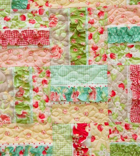 8 sweet ba girl quilt patterns thatll make you swoon Stylish Little Girl Quilt Patterns Gallery
