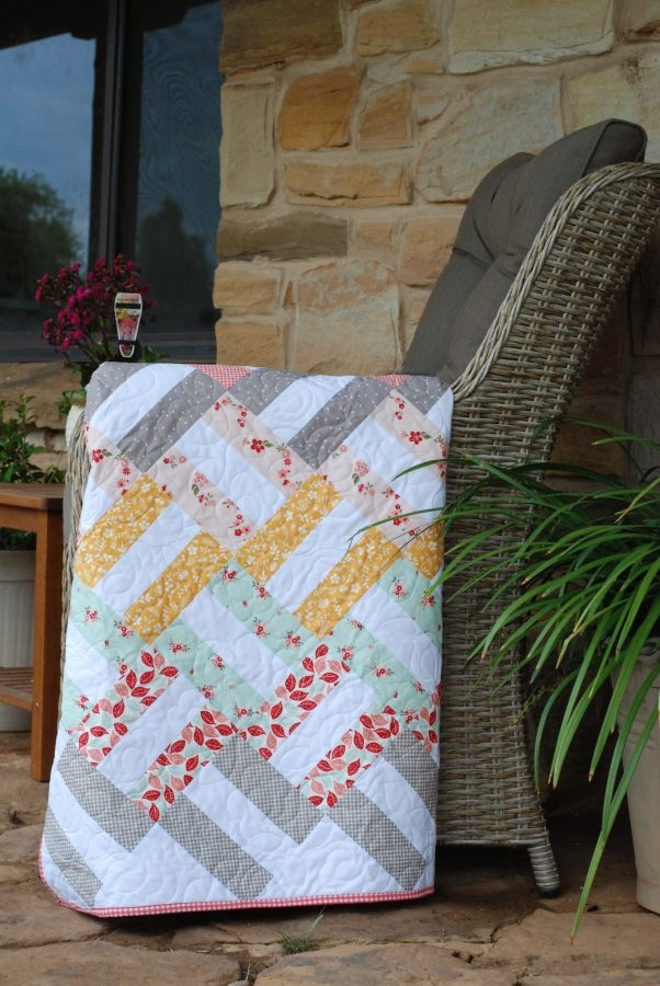 basket weave free quilt pattern from livelovesew Unique Basket Weave Quilt Pattern