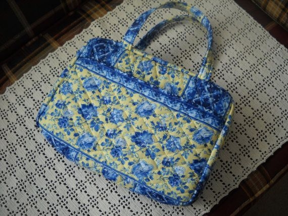 blue and yellow floral quilted zippered bible cover Modern Quilted Bible Cover Pattern