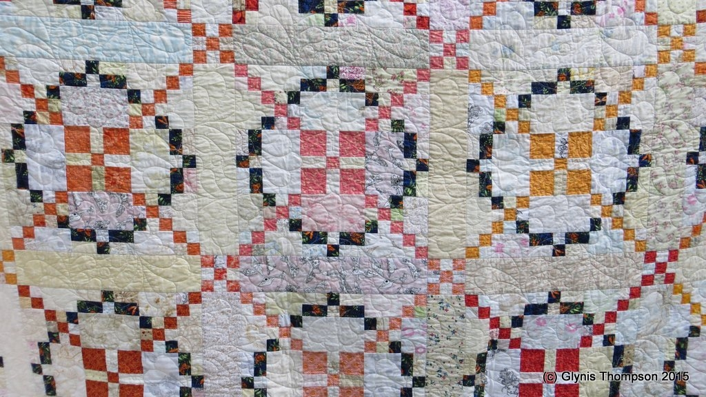 burgoyne surrounded quilt patchworkmaniacs blog Interesting Burgoyne Surrounded Quilt Pattern