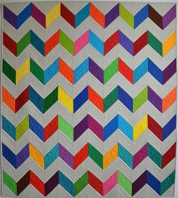 create an easy chevron quilt in 6 simple steps Stylish Pattern For Chevron Quilt