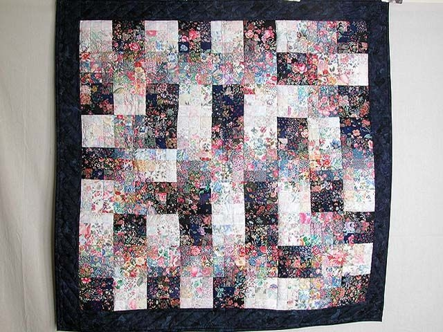 fabric maze watercolor quilt terrific well made amish Elegant Watercolor Quilts Patterns