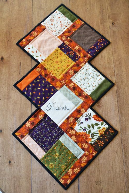 fall charm quilted table runner just for homemakers Stylish Quilted Table Runner Pattern Inspirations