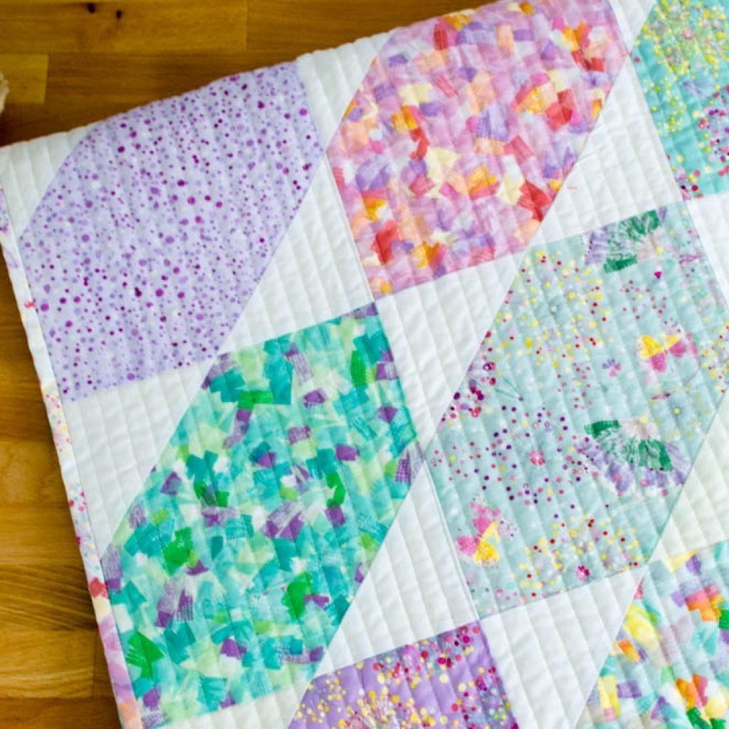 fat quarter fancy free quilt pattern using 9 fat quarters Cozy Easy Quilt Patterns Using Fat Quarters Gallery