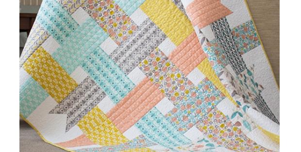 folksy daisy ribbon box ba girl quilt quilting cub Stylish Baby Girl Quilt Patterns Gallery