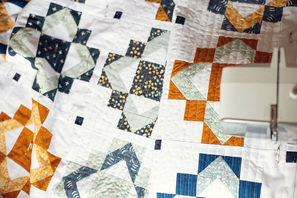 framed folk quilt pattern modernly morgan Cool Fat Quarter Friendly Quilt Patterns Gallery
