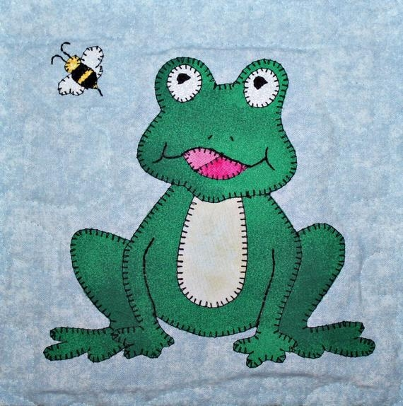 frog or toad pdf applique quilt block pattern Modern Frog Quilt Block Pattern Gallery