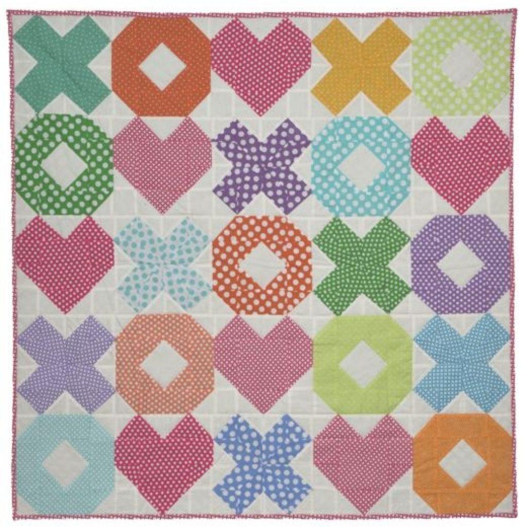 go qube 8 hugs and kisses ba quilt patternaccuquilt Elegant Accuquilt Quilt Patterns Gallery