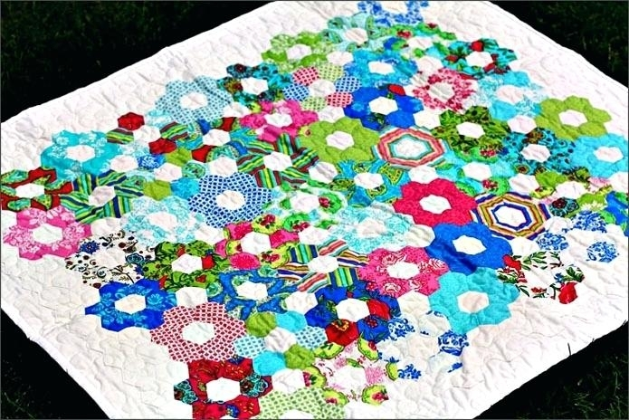 hexagon quilt pattern template best free hexagon quilt Unique Hexagon Patchwork Quilt Patterns Gallery